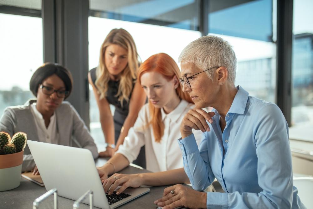 mujeres en el mundo de la finanzas